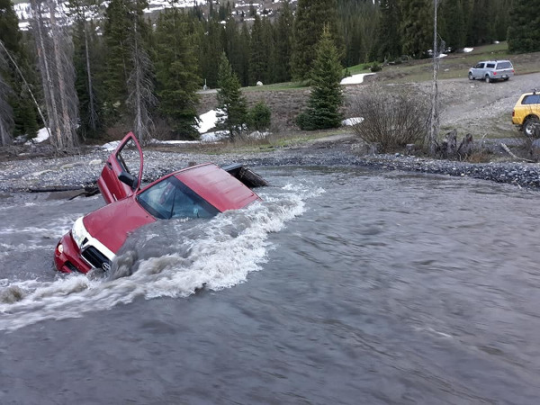 truck stuck in slate river crested butte colorado
