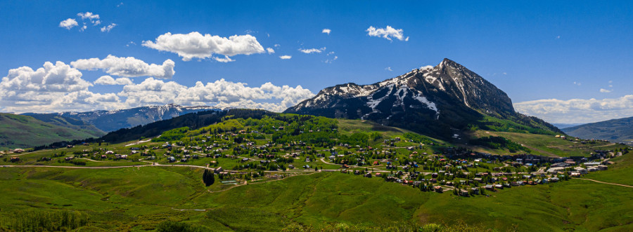 mount crested butte town panorama