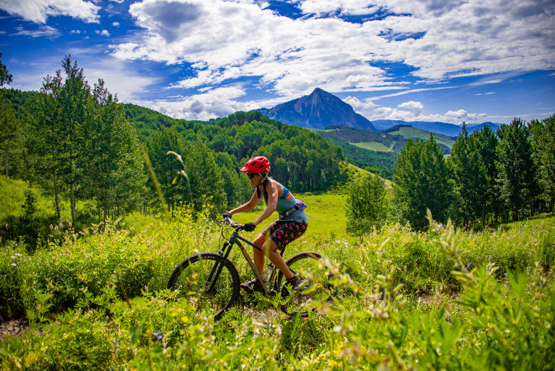 trail access crested butte